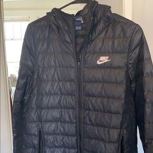 Nike long winter puffer black